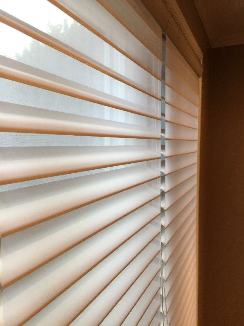 window under clean cleaning to ways seconds wrapped in brilliant your blinds