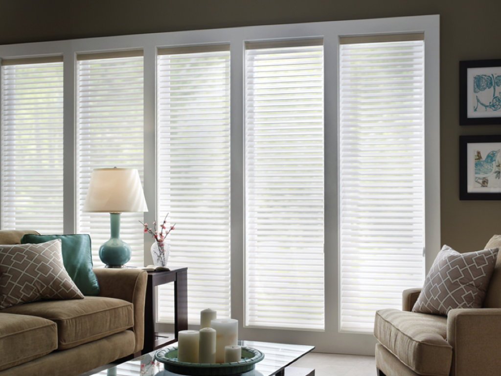 How to clean up fabric window blinds